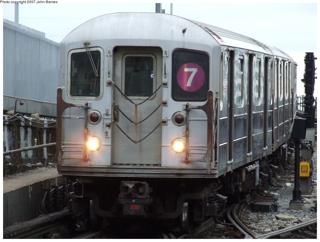 (166k, 1044x788)<br><b>Country:</b> United States<br><b>City:</b> New York<br><b>System:</b> New York City Transit<br><b>Line:</b> IRT Flushing Line<br><b>Location:</b> Hunterspoint Avenue <br><b>Route:</b> 7<br><b>Car:</b> R-62A (Bombardier, 1984-1987)  1811 <br><b>Photo by:</b> John Barnes<br><b>Date:</b> 4/18/2007<br><b>Viewed (this week/total):</b> 5 / 1325
