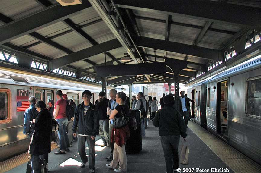 (231k, 864x574)<br><b>Country:</b> United States<br><b>City:</b> New York<br><b>System:</b> New York City Transit<br><b>Line:</b> IRT Flushing Line<br><b>Location:</b> Queensborough Plaza <br><b>Car:</b> R-62A (Bombardier, 1984-1987)  1717 <br><b>Photo by:</b> Peter Ehrlich<br><b>Date:</b> 4/20/2007<br><b>Notes:</b> With R68 5099 at Queensboro Plaza.<br><b>Viewed (this week/total):</b> 3 / 2618