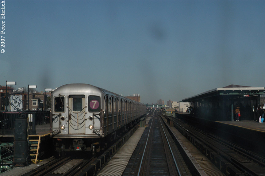 (131k, 864x574)<br><b>Country:</b> United States<br><b>City:</b> New York<br><b>System:</b> New York City Transit<br><b>Line:</b> IRT Flushing Line<br><b>Location:</b> 82nd Street/Jackson Heights <br><b>Car:</b> R-62A (Bombardier, 1984-1987)  1756 <br><b>Photo by:</b> Peter Ehrlich<br><b>Date:</b> 4/20/2007<br><b>Notes:</b> 82St/Jackson Heights Station inbound.<br><b>Viewed (this week/total):</b> 0 / 1547