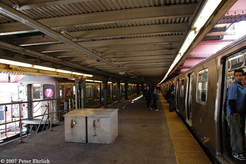 (208k, 864x574)<br><b>Country:</b> United States<br><b>City:</b> New York<br><b>System:</b> New York City Transit<br><b>Line:</b> IRT Flushing Line<br><b>Location:</b> Queensborough Plaza <br><b>Car:</b> R-62A (Bombardier, 1984-1987)  2134 <br><b>Photo by:</b> Peter Ehrlich<br><b>Date:</b> 4/20/2007<br><b>Notes:</b> With R160 8753 at Queensboro Plaza.<br><b>Viewed (this week/total):</b> 1 / 1841