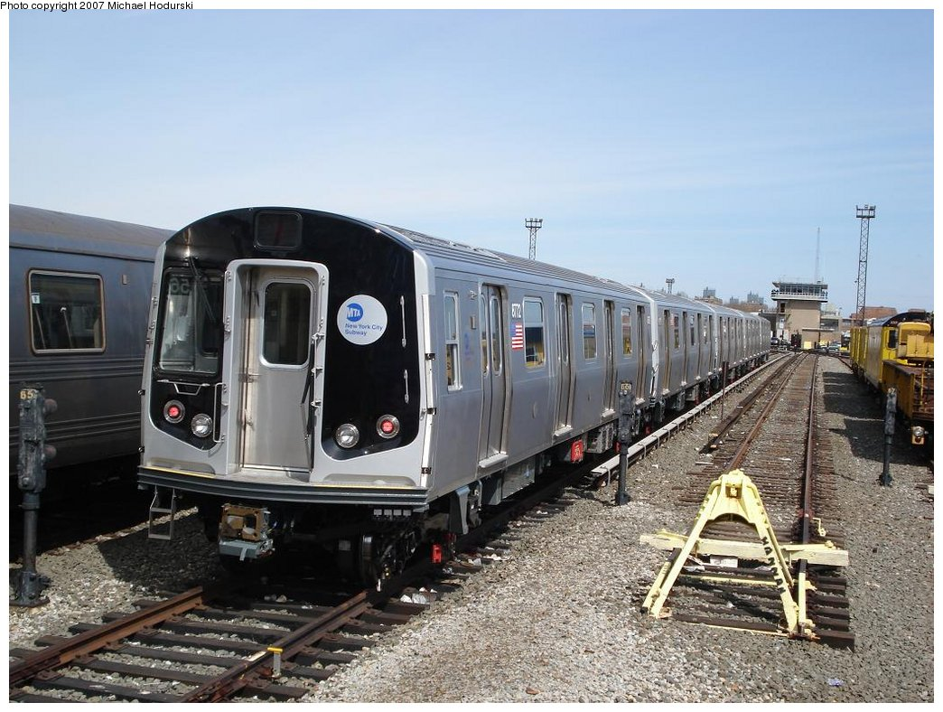 (200k, 1044x788)<br><b>Country:</b> United States<br><b>City:</b> New York<br><b>System:</b> New York City Transit<br><b>Location:</b> Coney Island Yard<br><b>Car:</b> R-160B (Kawasaki, 2005-2008)  8772 <br><b>Photo by:</b> Michael Hodurski<br><b>Date:</b> 4/14/2007<br><b>Viewed (this week/total):</b> 1 / 2597