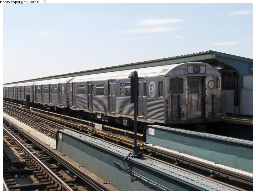 (109k, 820x622)<br><b>Country:</b> United States<br><b>City:</b> New York<br><b>System:</b> New York City Transit<br><b>Line:</b> IND Fulton Street Line<br><b>Location:</b> Rockaway Boulevard <br><b>Route:</b> A<br><b>Car:</b> R-38 (St. Louis, 1966-1967)   <br><b>Photo by:</b> Bill E.<br><b>Date:</b> 4/22/2007<br><b>Viewed (this week/total):</b> 2 / 1421