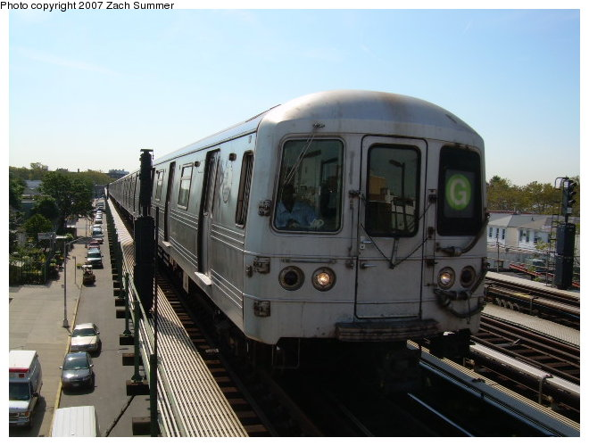 (109k, 660x500)<br><b>Country:</b> United States<br><b>City:</b> New York<br><b>System:</b> New York City Transit<br><b>Line:</b> BMT Culver Line<br><b>Location:</b> Avenue P <br><b>Route:</b> G<br><b>Car:</b> R-46 (Pullman-Standard, 1974-75)  <br><b>Photo by:</b> Zach Summer<br><b>Date:</b> 9/30/2006<br><b>Viewed (this week/total):</b> 0 / 1674