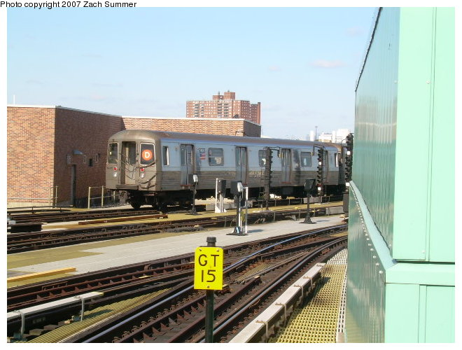 (120k, 660x500)<br><b>Country:</b> United States<br><b>City:</b> New York<br><b>System:</b> New York City Transit<br><b>Location:</b> Coney Island/Stillwell Avenue<br><b>Route:</b> D<br><b>Car:</b> R-68 (Westinghouse-Amrail, 1986-1988)  2690 <br><b>Photo by:</b> Zach Summer<br><b>Date:</b> 10/21/2006<br><b>Viewed (this week/total):</b> 0 / 1928