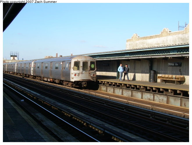 (112k, 660x500)<br><b>Country:</b> United States<br><b>City:</b> New York<br><b>System:</b> New York City Transit<br><b>Line:</b> BMT Culver Line<br><b>Location:</b> Ditmas Avenue <br><b>Route:</b> G<br><b>Car:</b> R-46 (Pullman-Standard, 1974-75)  <br><b>Photo by:</b> Zach Summer<br><b>Date:</b> 10/21/2006<br><b>Viewed (this week/total):</b> 5 / 1638