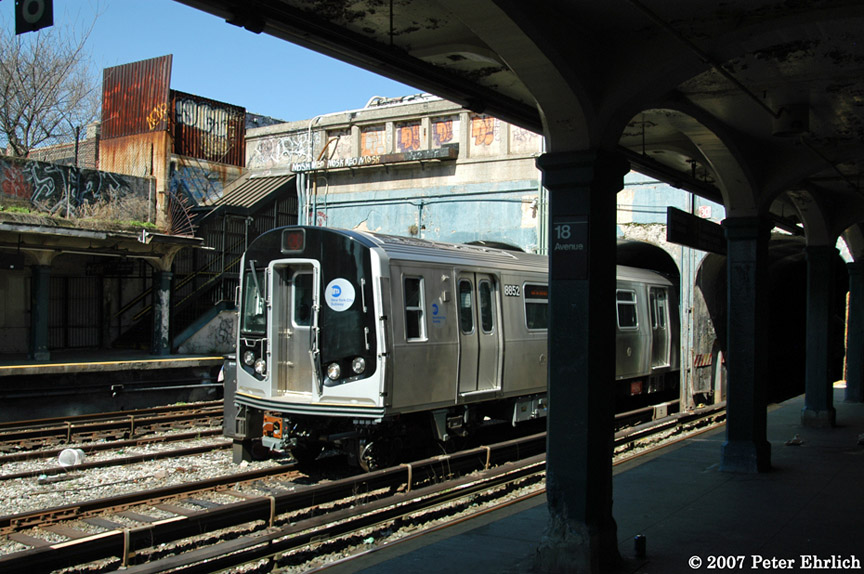 (210k, 864x574)<br><b>Country:</b> United States<br><b>City:</b> New York<br><b>System:</b> New York City Transit<br><b>Line:</b> BMT Sea Beach Line<br><b>Location:</b> 18th Avenue <br><b>Car:</b> R-160B (Kawasaki, 2005-2008)  8852 <br><b>Photo by:</b> Peter Ehrlich<br><b>Date:</b> 4/20/2007<br><b>Viewed (this week/total):</b> 3 / 1374