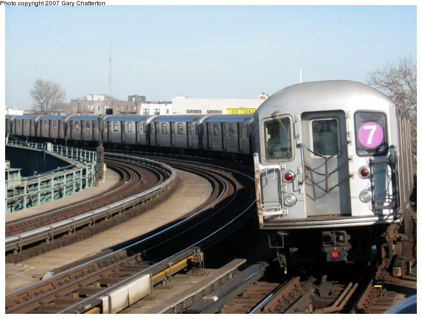 (107k, 820x620)<br><b>Country:</b> United States<br><b>City:</b> New York<br><b>System:</b> New York City Transit<br><b>Line:</b> IRT Flushing Line<br><b>Location:</b> 46th Street/Bliss Street <br><b>Route:</b> 7<br><b>Car:</b> R-62A (Bombardier, 1984-1987)  1675 <br><b>Photo by:</b> Gary Chatterton<br><b>Date:</b> 3/9/2007<br><b>Viewed (this week/total):</b> 0 / 1463