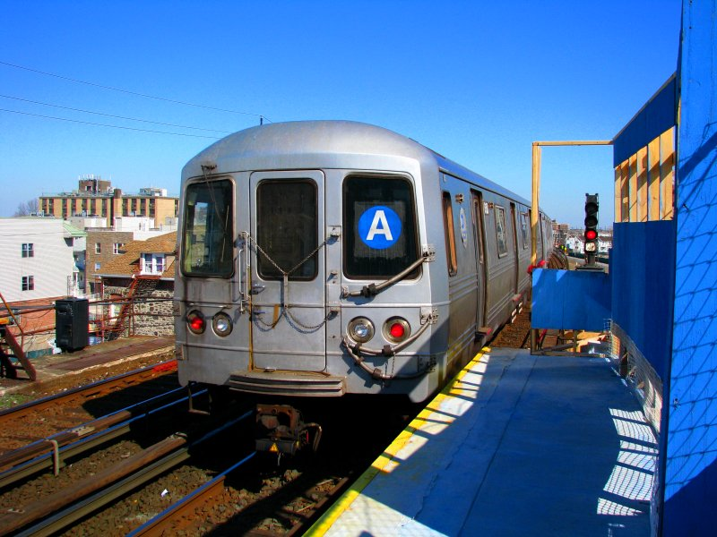 (119k, 800x600)<br><b>Country:</b> United States<br><b>City:</b> New York<br><b>System:</b> New York City Transit<br><b>Line:</b> IND Rockaway<br><b>Location:</b> Beach 67th Street/Gaston Avenue <br><b>Route:</b> A<br><b>Car:</b> R-46 (Pullman-Standard, 1974-75) 6150 <br><b>Photo by:</b> Bill E.<br><b>Date:</b> 3/7/2010<br><b>Viewed (this week/total):</b> 4 / 725