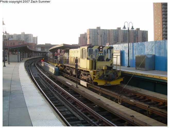 (115k, 660x500)<br><b>Country:</b> United States<br><b>City:</b> New York<br><b>System:</b> New York City Transit<br><b>Line:</b> BMT Brighton Line<br><b>Location:</b> Ocean Parkway <br><b>Route:</b> Work Service<br><b>Car:</b> R-47 Locomotive  66 <br><b>Photo by:</b> Zach Summer<br><b>Date:</b> 12/3/2006<br><b>Viewed (this week/total):</b> 1 / 1076