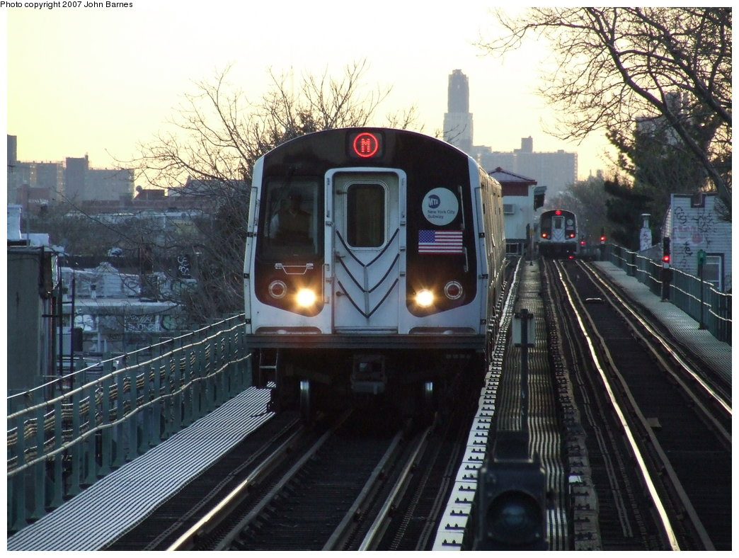 (203k, 1044x788)<br><b>Country:</b> United States<br><b>City:</b> New York<br><b>System:</b> New York City Transit<br><b>Line:</b> BMT Myrtle Avenue Line<br><b>Location:</b> Fresh Pond Road <br><b>Route:</b> M<br><b>Car:</b> R-143 (Kawasaki, 2001-2002) 8285 <br><b>Photo by:</b> John Barnes<br><b>Date:</b> 4/21/2007<br><b>Viewed (this week/total):</b> 1 / 3072