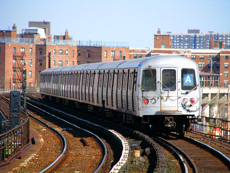 (149k, 800x600)<br><b>Country:</b> United States<br><b>City:</b> New York<br><b>System:</b> New York City Transit<br><b>Line:</b> IND Rockaway<br><b>Location:</b> Beach 67th Street/Gaston Avenue <br><b>Route:</b> A<br><b>Car:</b> R-46 (Pullman-Standard, 1974-75) 6150 <br><b>Photo by:</b> Bill E.<br><b>Date:</b> 3/7/2010<br><b>Viewed (this week/total):</b> 0 / 913