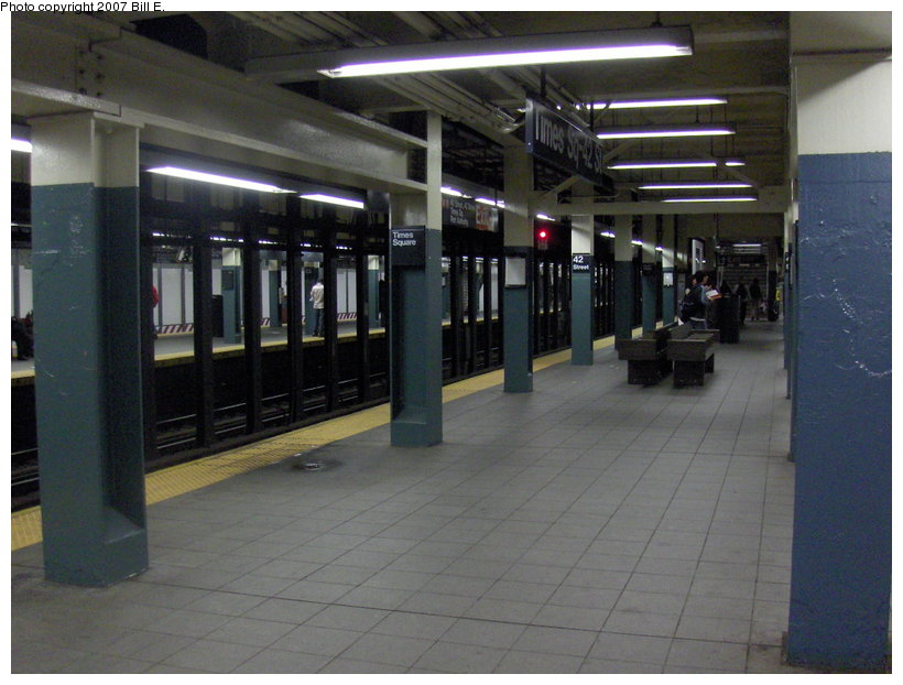 (101k, 820x622)<br><b>Country:</b> United States<br><b>City:</b> New York<br><b>System:</b> New York City Transit<br><b>Line:</b> BMT Broadway Line<br><b>Location:</b> Times Square/42nd Street <br><b>Photo by:</b> Bill E.<br><b>Date:</b> 5/6/2007<br><b>Viewed (this week/total):</b> 1 / 2529