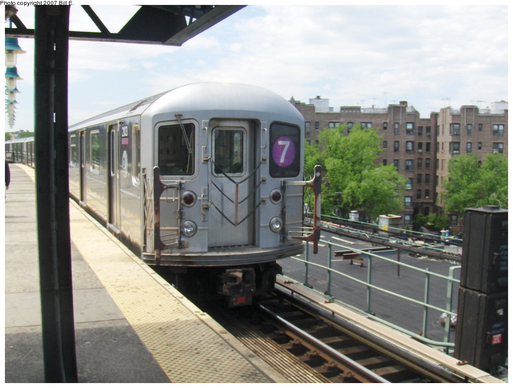 (153k, 1040x787)<br><b>Country:</b> United States<br><b>City:</b> New York<br><b>System:</b> New York City Transit<br><b>Line:</b> IRT Flushing Line<br><b>Location:</b> 61st Street/Woodside <br><b>Route:</b> 7<br><b>Car:</b> R-62A (Bombardier, 1984-1987)  2013 <br><b>Photo by:</b> Bill E.<br><b>Date:</b> 5/20/2007<br><b>Viewed (this week/total):</b> 5 / 1169