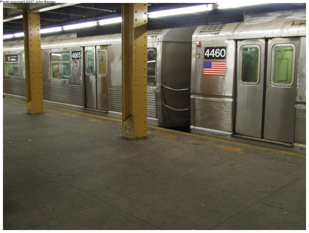 (152k, 1044x788)<br><b>Country:</b> United States<br><b>City:</b> New York<br><b>System:</b> New York City Transit<br><b>Line:</b> IND 8th Avenue Line<br><b>Location:</b> 145th Street <br><b>Route:</b> B<br><b>Car:</b> R-42 (St. Louis, 1969-1970)  4665 <br><b>Photo by:</b> John Barnes<br><b>Date:</b> 5/18/2007<br><b>Notes:</b> Mismated with R40M 4469.<br><b>Viewed (this week/total):</b> 1 / 2594