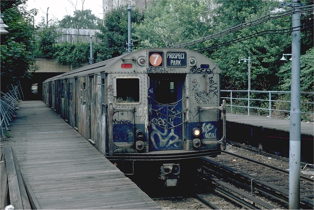 (287k, 1024x687)<br><b>Country:</b> United States<br><b>City:</b> New York<br><b>System:</b> New York City Transit<br><b>Line:</b> BMT Franklin<br><b>Location:</b> Botanic Garden <br><b>Route:</b> Franklin Shuttle<br><b>Car:</b> R-27 (St. Louis, 1960)  8028 <br><b>Photo by:</b> Steve Zabel<br><b>Collection of:</b> Joe Testagrose<br><b>Date:</b> 6/19/1982<br><b>Viewed (this week/total):</b> 5 / 4584