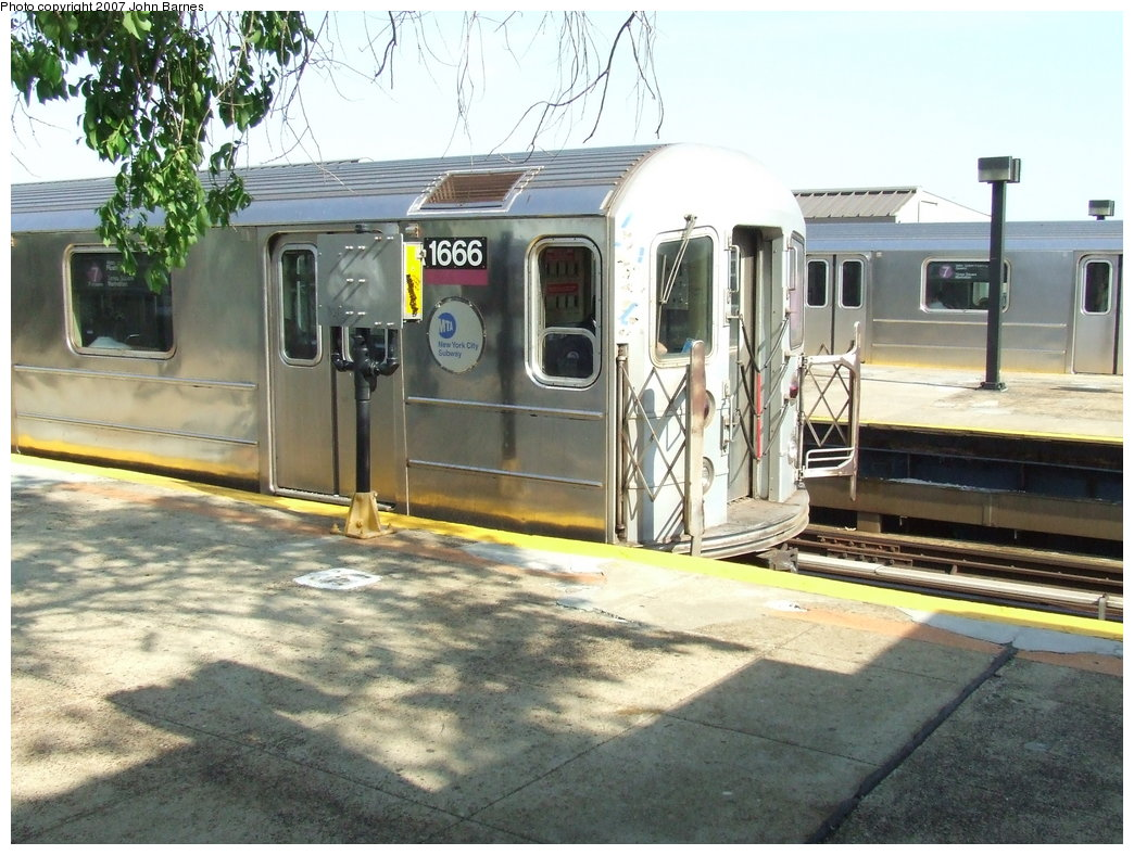 (202k, 1044x788)<br><b>Country:</b> United States<br><b>City:</b> New York<br><b>System:</b> New York City Transit<br><b>Line:</b> IRT Flushing Line<br><b>Location:</b> Willets Point/Mets (fmr. Shea Stadium) <br><b>Route:</b> 7<br><b>Car:</b> R-62A (Bombardier, 1984-1987)  1666 <br><b>Photo by:</b> John Barnes<br><b>Date:</b> 5/15/2007<br><b>Viewed (this week/total):</b> 0 / 1531