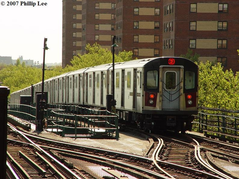 (148k, 794x596)<br><b>Country:</b> United States<br><b>City:</b> New York<br><b>System:</b> New York City Transit<br><b>Line:</b> IRT Brooklyn Line<br><b>Location:</b> Junius Street <br><b>Route:</b> 2<br><b>Car:</b> R-142 or R-142A (Number Unknown)  <br><b>Photo by:</b> Phillip Lee<br><b>Date:</b> 5/9/2007<br><b>Viewed (this week/total):</b> 2 / 2920