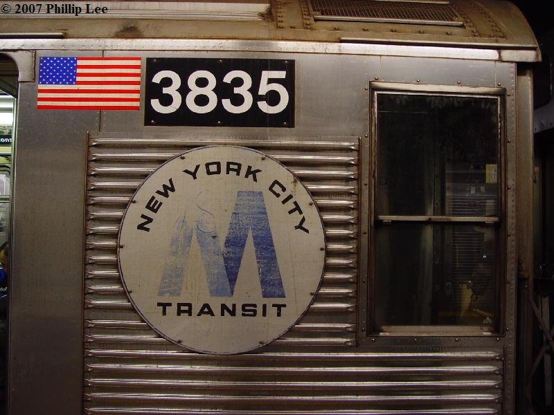 (93k, 800x600)<br><b>Country:</b> United States<br><b>City:</b> New York<br><b>System:</b> New York City Transit<br><b>Route:</b> A<br><b>Car:</b> R-32 (Budd, 1964)  3835 <br><b>Photo by:</b> Phillip Lee<br><b>Date:</b> 3/27/2007<br><b>Notes:</b> Old-style NYCT sign on R32 car.<br><b>Viewed (this week/total):</b> 1 / 2124