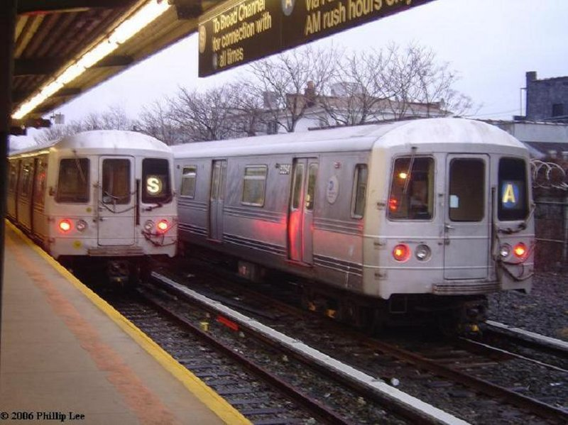 (100k, 800x599)<br><b>Country:</b> United States<br><b>City:</b> New York<br><b>System:</b> New York City Transit<br><b>Line:</b> IND Rockaway<br><b>Location:</b> Rockaway Park/Beach 116th Street <br><b>Route:</b> A<br><b>Car:</b> R-44 (St. Louis, 1971-73)  <br><b>Photo by:</b> Phillip Lee<br><b>Date:</b> 1/31/2006<br><b>Viewed (this week/total):</b> 1 / 1894
