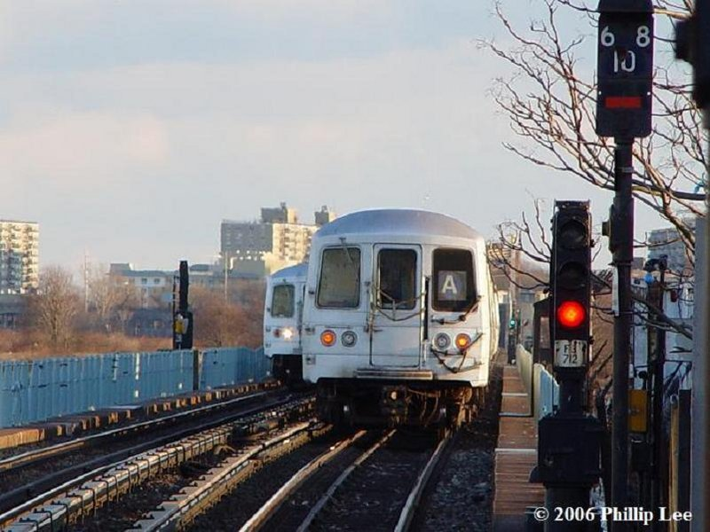(97k, 800x600)<br><b>Country:</b> United States<br><b>City:</b> New York<br><b>System:</b> New York City Transit<br><b>Line:</b> IND Rockaway<br><b>Location:</b> Broad Channel <br><b>Route:</b> A<br><b>Car:</b> R-44 (St. Louis, 1971-73)  <br><b>Photo by:</b> Phillip Lee<br><b>Date:</b> 2/27/2006<br><b>Viewed (this week/total):</b> 2 / 1253