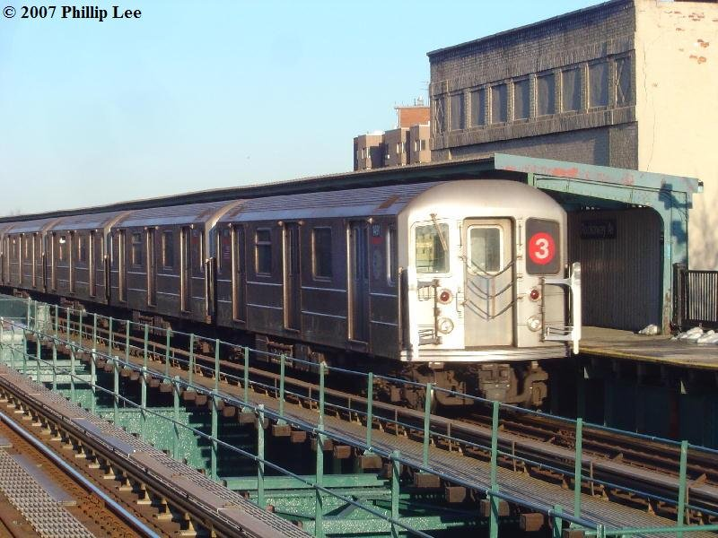(108k, 800x600)<br><b>Country:</b> United States<br><b>City:</b> New York<br><b>System:</b> New York City Transit<br><b>Line:</b> IRT Brooklyn Line<br><b>Location:</b> Rockaway Avenue <br><b>Route:</b> 3<br><b>Car:</b> R-62 (Kawasaki, 1983-1985)  14xx <br><b>Photo by:</b> Phillip Lee<br><b>Date:</b> 3/20/2007<br><b>Viewed (this week/total):</b> 2 / 1567