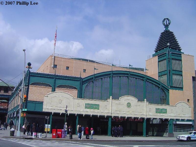 (97k, 800x600)<br><b>Country:</b> United States<br><b>City:</b> New York<br><b>System:</b> New York City Transit<br><b>Location:</b> Coney Island/Stillwell Avenue<br><b>Photo by:</b> Phillip Lee<br><b>Date:</b> 4/8/2007<br><b>Notes:</b> Rebuilt station entrance.<br><b>Viewed (this week/total):</b> 0 / 1209
