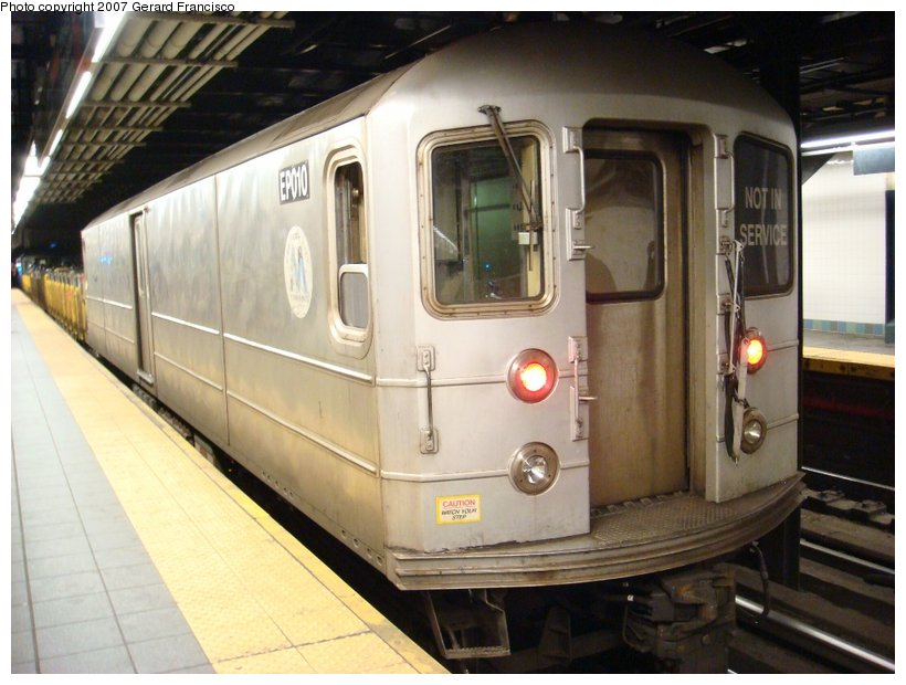 (103k, 820x620)<br><b>Country:</b> United States<br><b>City:</b> New York<br><b>System:</b> New York City Transit<br><b>Line:</b> BMT Broadway Line<br><b>Location:</b> Times Square/42nd Street <br><b>Route:</b> Work Service<br><b>Car:</b> R-127/R-134 (Kawasaki, 1991-1996) EP010 <br><b>Photo by:</b> Gerard Francisco<br><b>Date:</b> 3/31/2007<br><b>Viewed (this week/total):</b> 2 / 2176