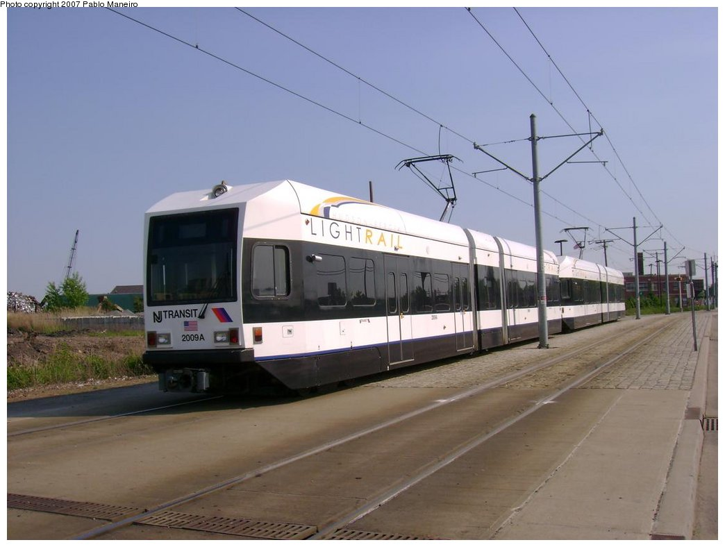 (136k, 1044x788)<br><b>Country:</b> United States<br><b>City:</b> Jersey City, NJ<br><b>System:</b> Hudson Bergen Light Rail<br><b>Location:</b> Jersey Avenue <br><b>Car:</b> NJT-HBLR LRV (Kinki-Sharyo, 1998-99)  2009 <br><b>Photo by:</b> Pablo Maneiro<br><b>Date:</b> 5/25/2007<br><b>Viewed (this week/total):</b> 1 / 1201