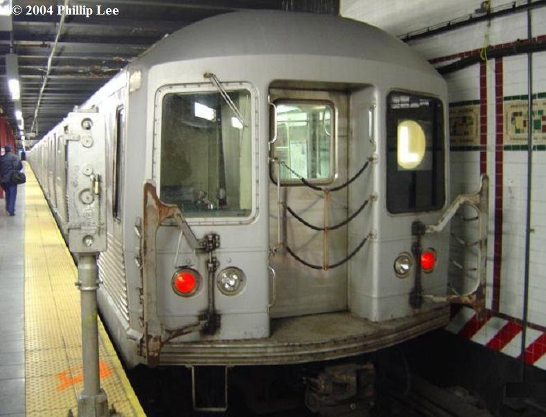 (70k, 789x602)<br><b>Country:</b> United States<br><b>City:</b> New York<br><b>System:</b> New York City Transit<br><b>Line:</b> BMT Canarsie Line<br><b>Location:</b> 8th Avenue <br><b>Route:</b> L<br><b>Car:</b> R-42 (St. Louis, 1969-1970)   <br><b>Photo by:</b> Phillip Lee<br><b>Date:</b> 3/13/2004<br><b>Viewed (this week/total):</b> 6 / 1671
