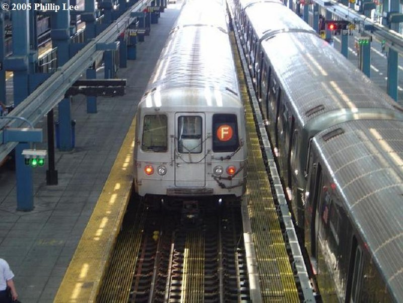(107k, 800x601)<br><b>Country:</b> United States<br><b>City:</b> New York<br><b>System:</b> New York City Transit<br><b>Location:</b> Coney Island/Stillwell Avenue<br><b>Route:</b> F<br><b>Car:</b> R-46 (Pullman-Standard, 1974-75)  <br><b>Photo by:</b> Phillip Lee<br><b>Date:</b> 6/28/2005<br><b>Viewed (this week/total):</b> 0 / 1418
