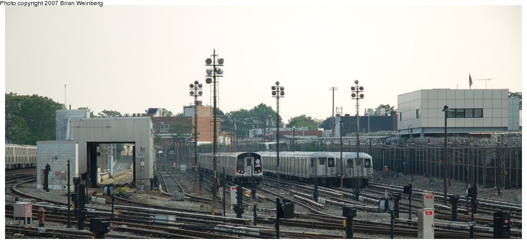 (161k, 1044x483)<br><b>Country:</b> United States<br><b>City:</b> New York<br><b>System:</b> New York City Transit<br><b>Location:</b> Rockaway Parkway (Canarsie) Yard<br><b>Car:</b> R-143 (Kawasaki, 2001-2002)  <br><b>Photo by:</b> Brian Weinberg<br><b>Date:</b> 5/28/2007<br><b>Viewed (this week/total):</b> 1 / 2681