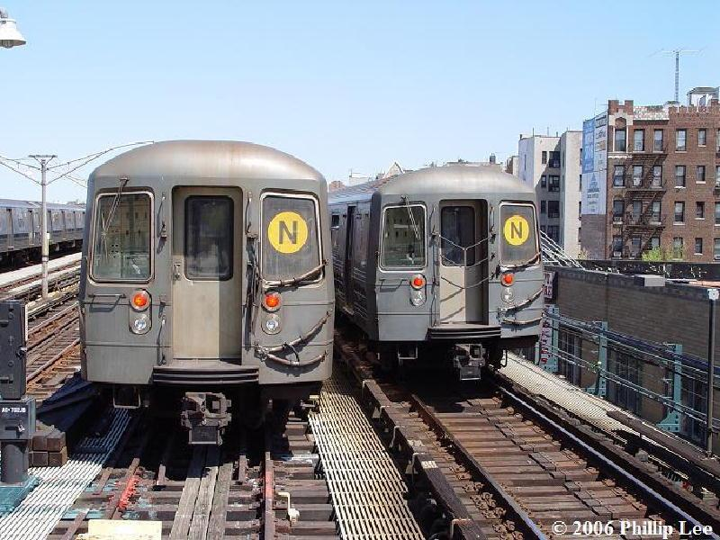 (113k, 800x600)<br><b>Country:</b> United States<br><b>City:</b> New York<br><b>System:</b> New York City Transit<br><b>Line:</b> BMT Brighton Line<br><b>Location:</b> Ocean Parkway <br><b>Route:</b> N<br><b>Car:</b> R-68A (Kawasaki, 1988-1989)   <br><b>Photo by:</b> Phillip Lee<br><b>Date:</b> 4/29/2006<br><b>Viewed (this week/total):</b> 3 / 1815