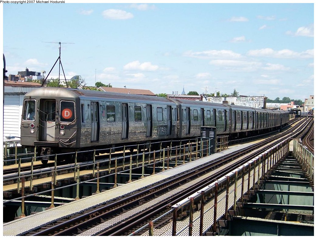 (250k, 1044x788)<br><b>Country:</b> United States<br><b>City:</b> New York<br><b>System:</b> New York City Transit<br><b>Line:</b> BMT West End Line<br><b>Location:</b> 62nd Street <br><b>Route:</b> D<br><b>Car:</b> R-68 (Westinghouse-Amrail, 1986-1988)  2716 <br><b>Photo by:</b> Michael Hodurski<br><b>Date:</b> 6/6/2007<br><b>Viewed (this week/total):</b> 0 / 1279
