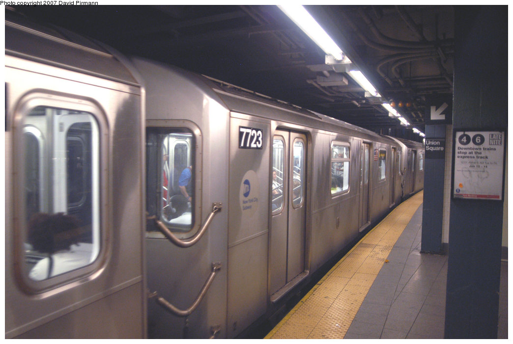 (174k, 1044x701)<br><b>Country:</b> United States<br><b>City:</b> New York<br><b>System:</b> New York City Transit<br><b>Line:</b> IRT East Side Line<br><b>Location:</b> 14th Street/Union Square <br><b>Route:</b> 4<br><b>Car:</b> R-142A (Option Order, Kawasaki, 2002-2003)  7723 <br><b>Photo by:</b> David Pirmann<br><b>Date:</b> 6/9/2007<br><b>Viewed (this week/total):</b> 4 / 3230