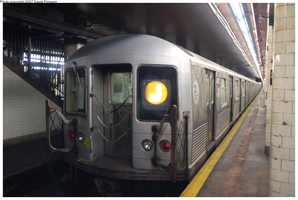 (187k, 1044x701)<br><b>Country:</b> United States<br><b>City:</b> New York<br><b>System:</b> New York City Transit<br><b>Line:</b> BMT Nassau Street/Jamaica Line<br><b>Location:</b> Chambers Street <br><b>Route:</b> J<br><b>Car:</b> R-42 (St. Louis, 1969-1970)  4803 <br><b>Photo by:</b> David Pirmann<br><b>Date:</b> 6/9/2007<br><b>Viewed (this week/total):</b> 2 / 1790