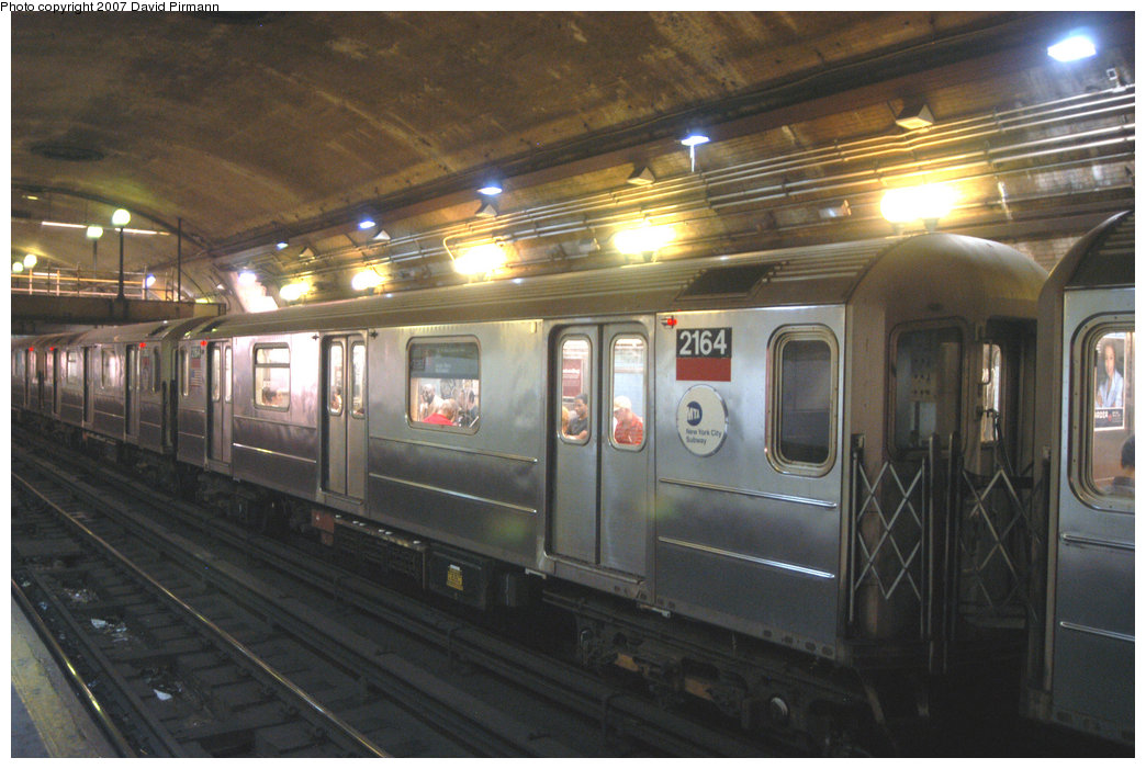 (208k, 1044x701)<br><b>Country:</b> United States<br><b>City:</b> New York<br><b>System:</b> New York City Transit<br><b>Line:</b> IRT West Side Line<br><b>Location:</b> 168th Street <br><b>Route:</b> 1<br><b>Car:</b> R-62A (Bombardier, 1984-1987)  2164 <br><b>Photo by:</b> David Pirmann<br><b>Date:</b> 6/9/2007<br><b>Viewed (this week/total):</b> 0 / 1906