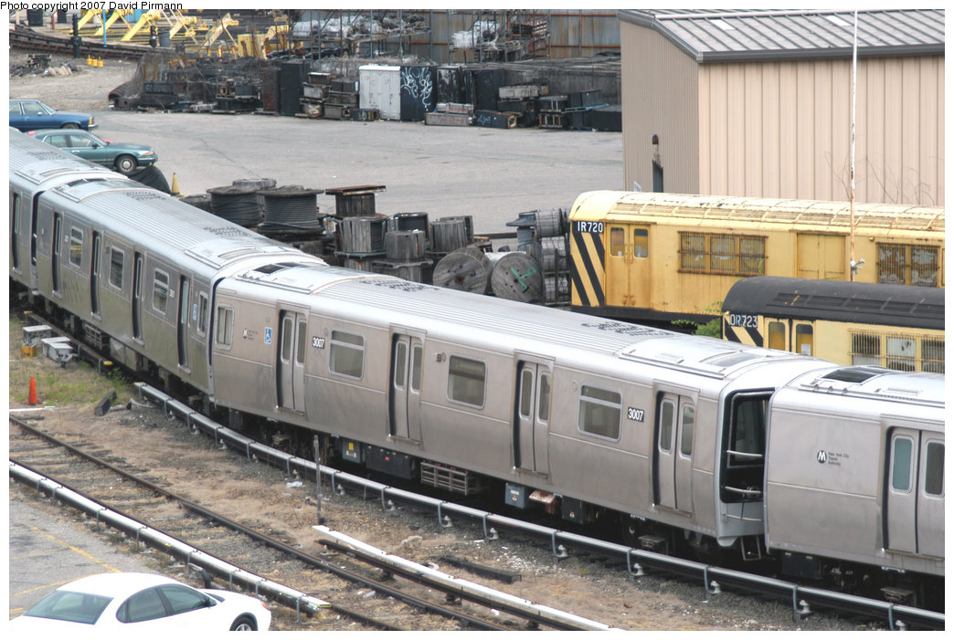 (245k, 1044x701)<br><b>Country:</b> United States<br><b>City:</b> New York<br><b>System:</b> New York City Transit<br><b>Location:</b> 207th Street Yard<br><b>Car:</b> R-110B (Bombardier, 1992) 3007 <br><b>Photo by:</b> David Pirmann<br><b>Date:</b> 6/9/2007<br><b>Notes:</b> R110B test train on scrap line at 207th St.<br><b>Viewed (this week/total):</b> 1 / 3695