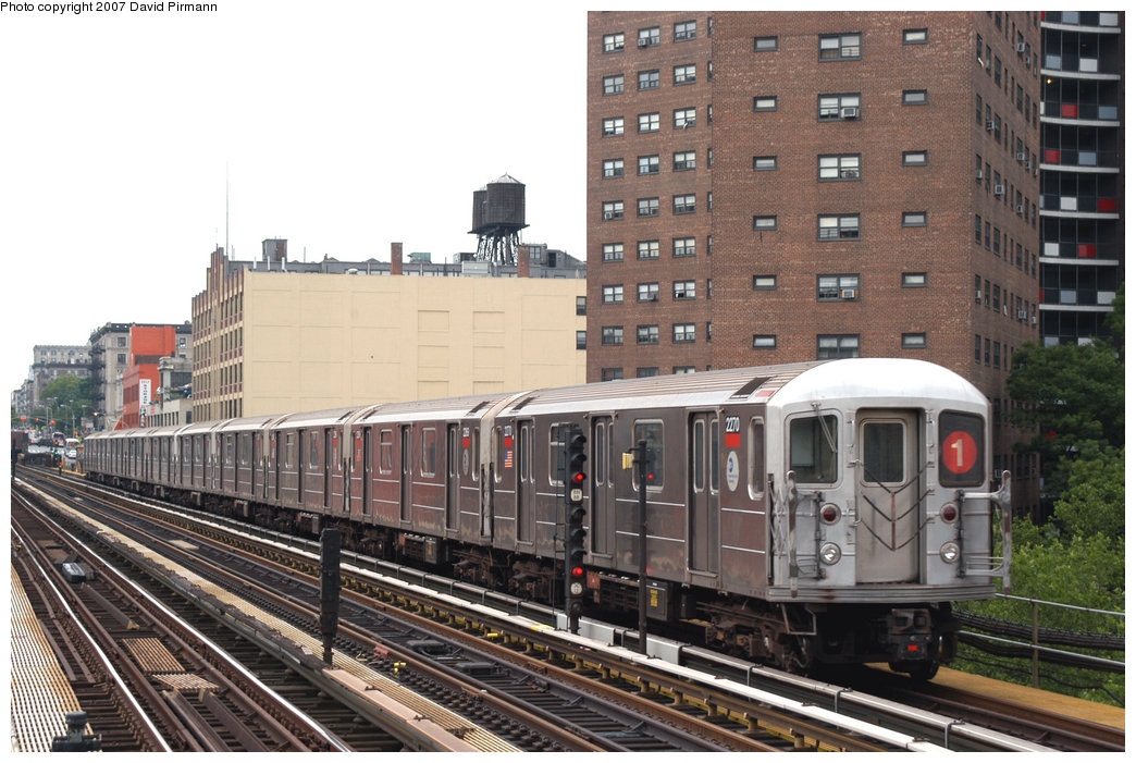 (238k, 1044x701)<br><b>Country:</b> United States<br><b>City:</b> New York<br><b>System:</b> New York City Transit<br><b>Line:</b> IRT West Side Line<br><b>Location:</b> 125th Street <br><b>Route:</b> 1<br><b>Car:</b> R-62A (Bombardier, 1984-1987)  2270 <br><b>Photo by:</b> David Pirmann<br><b>Date:</b> 6/9/2007<br><b>Viewed (this week/total):</b> 2 / 1407