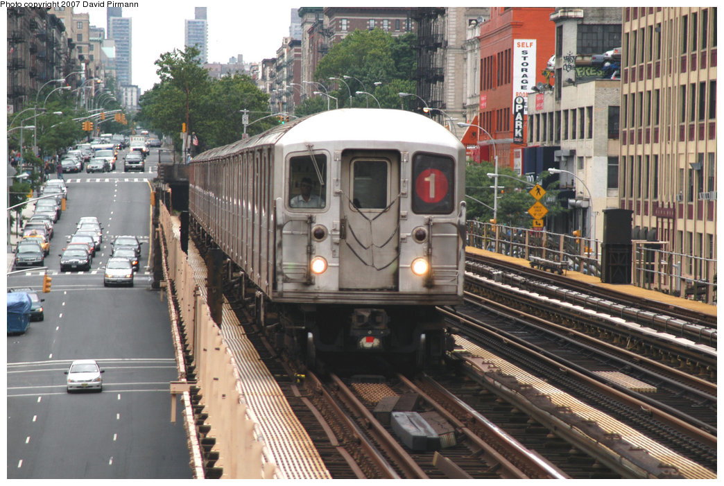 (268k, 1044x701)<br><b>Country:</b> United States<br><b>City:</b> New York<br><b>System:</b> New York City Transit<br><b>Line:</b> IRT West Side Line<br><b>Location:</b> 125th Street <br><b>Route:</b> 1<br><b>Car:</b> R-62A (Bombardier, 1984-1987)  1846 <br><b>Photo by:</b> David Pirmann<br><b>Date:</b> 6/9/2007<br><b>Viewed (this week/total):</b> 0 / 1813