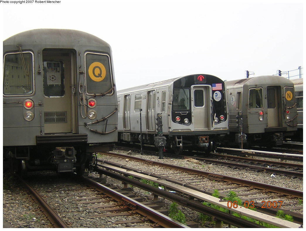 (207k, 1044x788)<br><b>Country:</b> United States<br><b>City:</b> New York<br><b>System:</b> New York City Transit<br><b>Location:</b> Coney Island Yard<br><b>Car:</b> R-160B (Kawasaki, 2005-2008)  8757 <br><b>Photo by:</b> Robert Mencher<br><b>Date:</b> 6/3/2007<br><b>Viewed (this week/total):</b> 2 / 1978