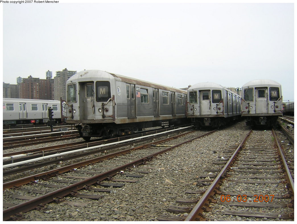 (223k, 1044x788)<br><b>Country:</b> United States<br><b>City:</b> New York<br><b>System:</b> New York City Transit<br><b>Location:</b> Coney Island Yard<br><b>Car:</b> R-42 (St. Louis, 1969-1970)  4613 <br><b>Photo by:</b> Robert Mencher<br><b>Date:</b> 6/3/2007<br><b>Viewed (this week/total):</b> 0 / 1732