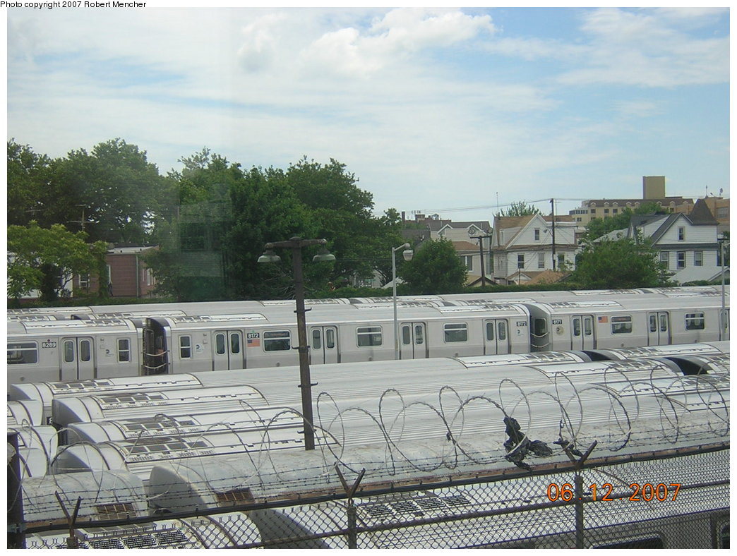 (235k, 1044x788)<br><b>Country:</b> United States<br><b>City:</b> New York<br><b>System:</b> New York City Transit<br><b>Location:</b> Rockaway Parkway (Canarsie) Yard<br><b>Car:</b> R-143 (Kawasaki, 2001-2002) 8172 <br><b>Photo by:</b> Robert Mencher<br><b>Date:</b> 6/12/2007<br><b>Viewed (this week/total):</b> 0 / 2131