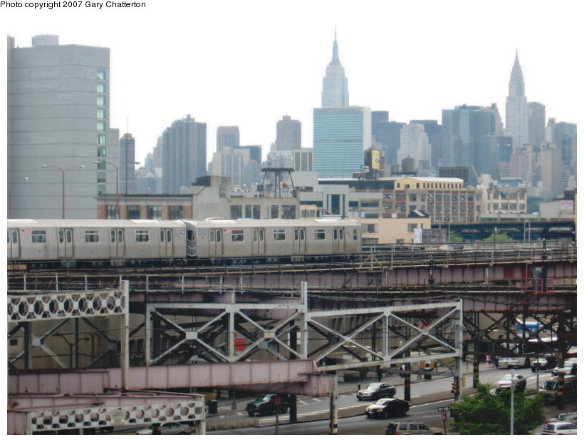 (105k, 820x620)<br><b>Country:</b> United States<br><b>City:</b> New York<br><b>System:</b> New York City Transit<br><b>Line:</b> BMT Astoria Line<br><b>Location:</b> Queensborough Plaza <br><b>Route:</b> N<br><b>Car:</b> R-160B (Kawasaki, 2005-2008)  8723 <br><b>Photo by:</b> Gary Chatterton<br><b>Date:</b> 6/11/2007<br><b>Viewed (this week/total):</b> 1 / 3246