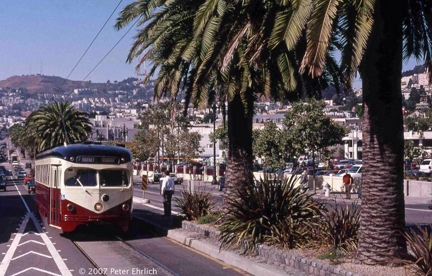 (254k, 864x552)<br><b>Country:</b> United States<br><b>City:</b> San Francisco/Bay Area, CA<br><b>System:</b> SF MUNI<br><b>Location:</b> Market/Dolores <br><b>Car:</b> SF MUNI PCC Torpedo Double-End (St. Louis Car Co., 1948)  1007 <br><b>Photo by:</b> Peter Ehrlich<br><b>Date:</b> 9/11/1998<br><b>Notes:</b> Market/Dolores inbound.<br><b>Viewed (this week/total):</b> 0 / 593