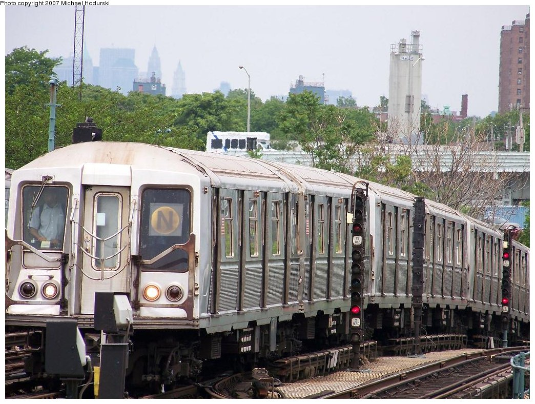 (246k, 1044x788)<br><b>Country:</b> United States<br><b>City:</b> New York<br><b>System:</b> New York City Transit<br><b>Location:</b> Coney Island/Stillwell Avenue<br><b>Route:</b> N<br><b>Car:</b> R-40 (St. Louis, 1968)  4183 <br><b>Photo by:</b> Michael Hodurski<br><b>Date:</b> 6/10/2007<br><b>Viewed (this week/total):</b> 1 / 1584