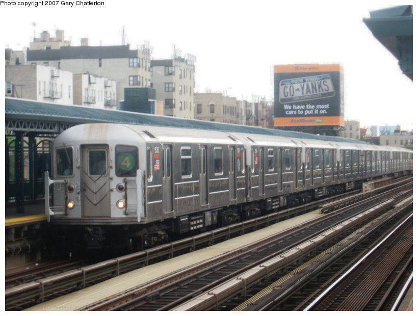 (101k, 820x620)<br><b>Country:</b> United States<br><b>City:</b> New York<br><b>System:</b> New York City Transit<br><b>Line:</b> IRT Woodlawn Line<br><b>Location:</b> 161st Street/River Avenue (Yankee Stadium) <br><b>Route:</b> 4<br><b>Car:</b> R-62 (Kawasaki, 1983-1985)  1535 <br><b>Photo by:</b> Gary Chatterton<br><b>Date:</b> 6/10/2007<br><b>Viewed (this week/total):</b> 2 / 2147