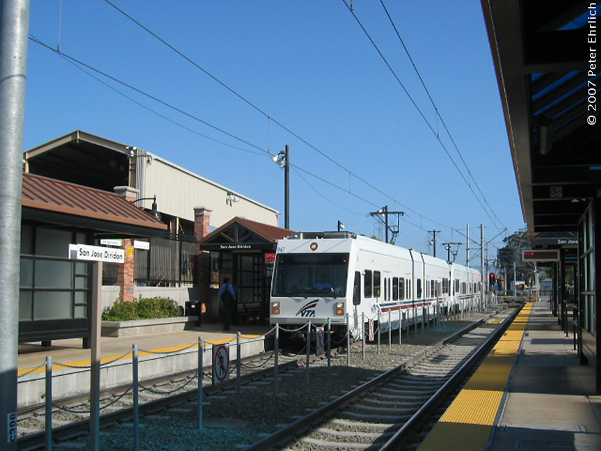 (188k, 864x648)<br><b>Country:</b> United States<br><b>City:</b> San Jose, CA<br><b>System:</b> Santa Clara VTA<br><b>Line:</b> VTA Vasona Line<br><b>Location:</b> San Jose Diridon <br><b>Car:</b> VTA Kinki-Sharyo 947 <br><b>Photo by:</b> Peter Ehrlich<br><b>Date:</b> 6/15/2007<br><b>Notes:</b> Arriving Diridon Station inbound.<br><b>Viewed (this week/total):</b> 0 / 735