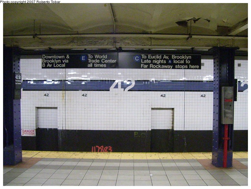 (125k, 820x620)<br><b>Country:</b> United States<br><b>City:</b> New York<br><b>System:</b> New York City Transit<br><b>Line:</b> IND 8th Avenue Line<br><b>Location:</b> 42nd Street/Port Authority Bus Terminal <br><b>Photo by:</b> Roberto C. Tobar<br><b>Date:</b> 6/18/2007<br><b>Viewed (this week/total):</b> 2 / 2202