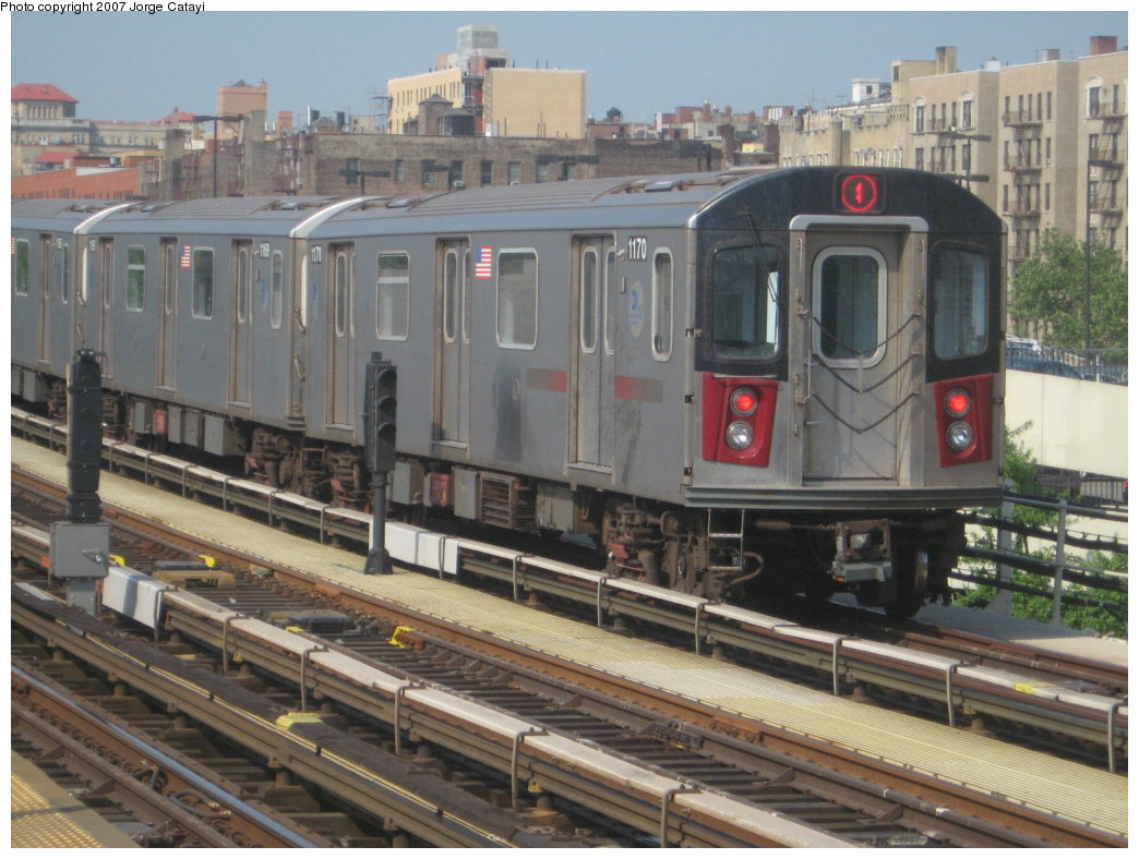 (182k, 1044x788)<br><b>Country:</b> United States<br><b>City:</b> New York<br><b>System:</b> New York City Transit<br><b>Line:</b> IRT Woodlawn Line<br><b>Location:</b> 161st Street/River Avenue (Yankee Stadium) <br><b>Route:</b> 4<br><b>Car:</b> R-142 (Option Order, Bombardier, 2002-2003)  1170 <br><b>Photo by:</b> Jorge Catayi<br><b>Date:</b> 5/27/2007<br><b>Viewed (this week/total):</b> 7 / 2517