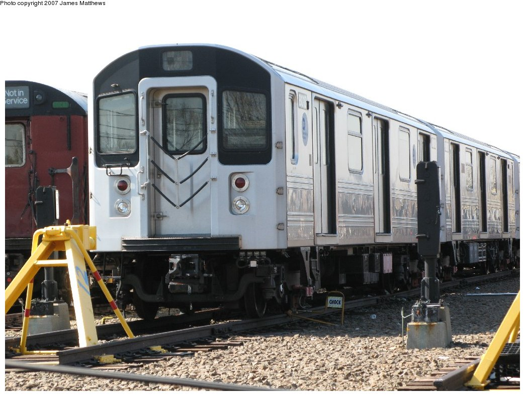 (170k, 1044x788)<br><b>Country:</b> United States<br><b>City:</b> New York<br><b>System:</b> New York City Transit<br><b>Location:</b> 239th Street Yard<br><b>Car:</b> R-110A (Kawasaki, 1992) 8010 <br><b>Photo by:</b> James Matthews<br><b>Date:</b> 4/11/2007<br><b>Viewed (this week/total):</b> 1 / 6994